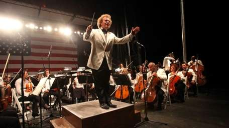 Long Island Philharmonic will play at Eisenhower Park,