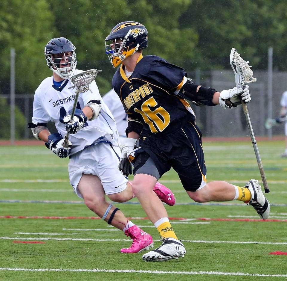 Northport's Sean Gilroy looks to move past Smithtown