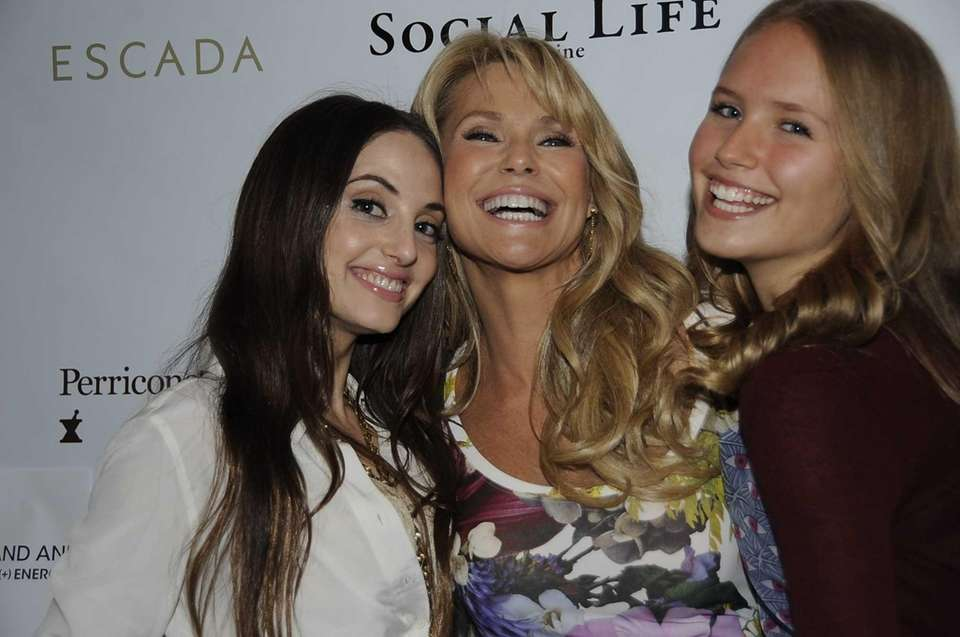 Christie Brinkley, center, with her daughters, Alexa Ray