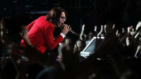Michelle Chamuel performs