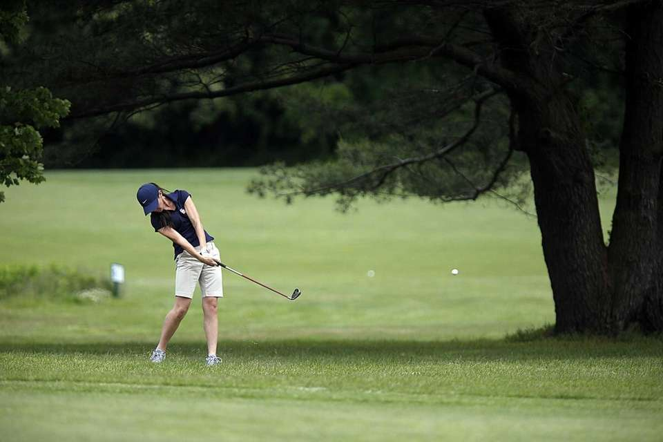 Smithtown West's Kaitlin Clancy with a fairway shot