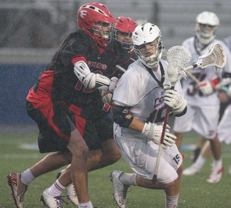 Alan Winkoff of Cold Spring Harbor trys to