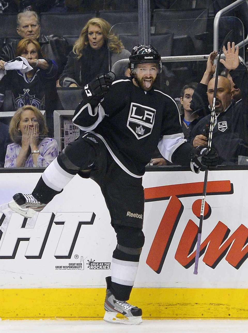 Los Angeles Kings right wing Justin Williams celebrates