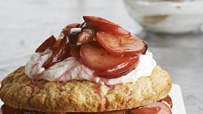 The Lemon Shortcakes with Plums recipe can be