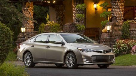 The 2013 Toyota Avalon has a new design
