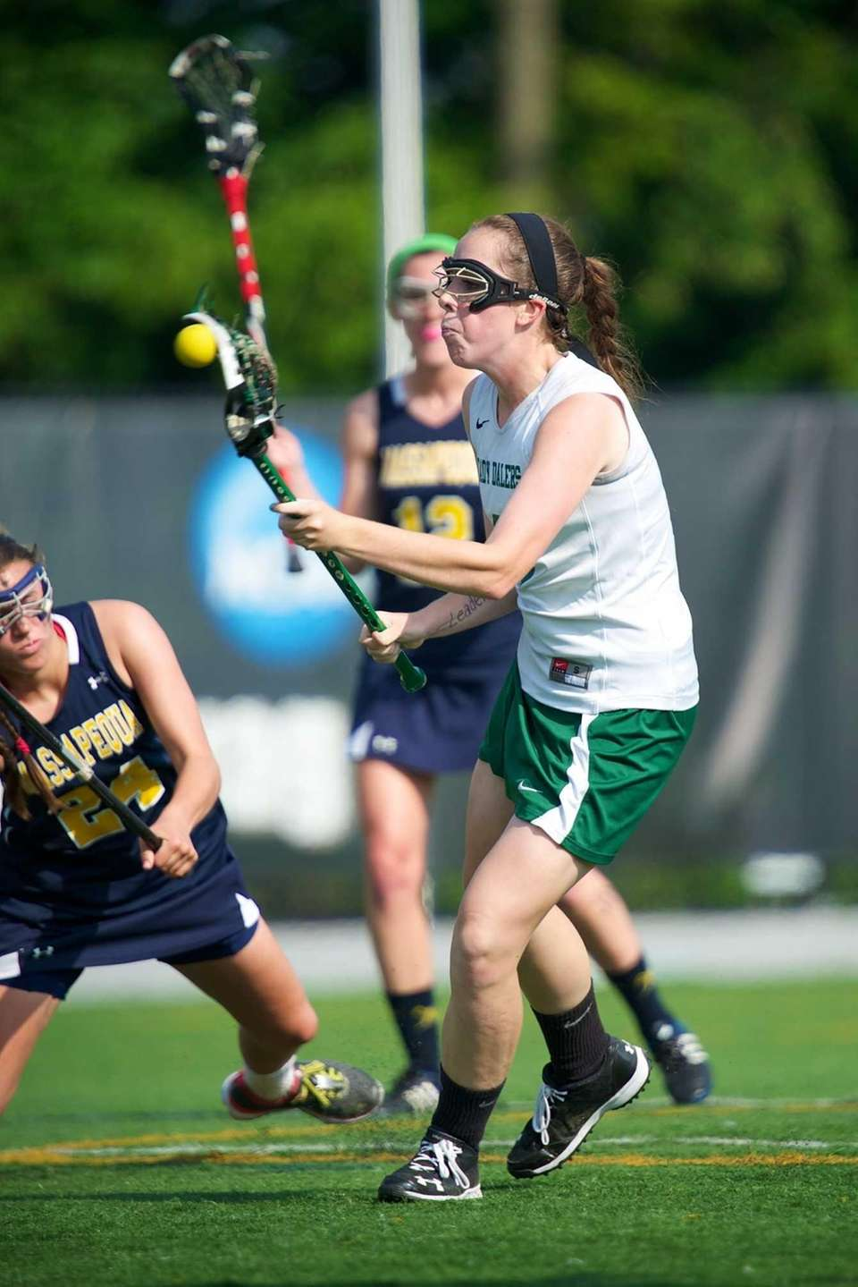 Farmingdale attacker Tara Wahl scores a goal in