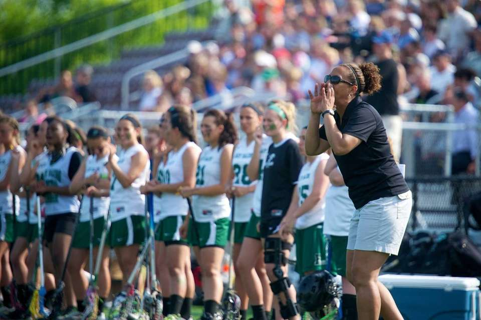 Farmingdale coach Shari Campbell calls out the play