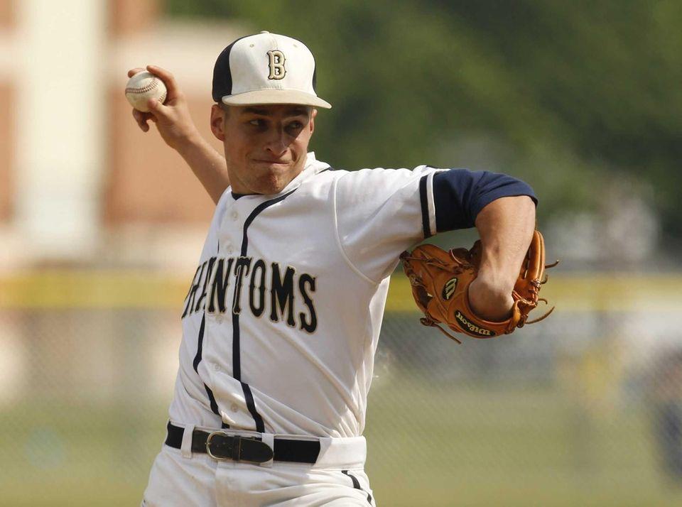 Chris Brewer #15 of the Bayport-Blue Point Phantoms