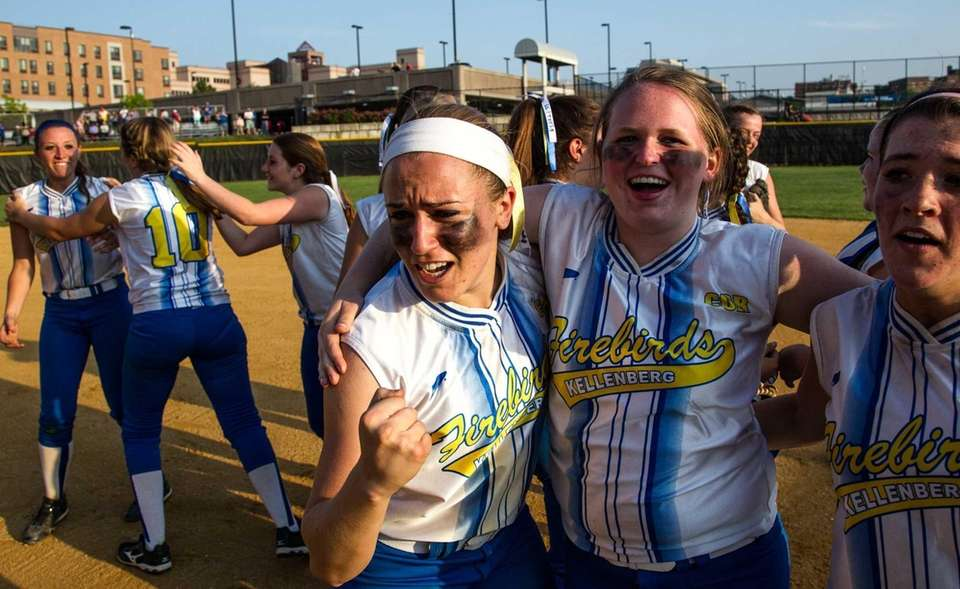 Kellenberg celebrates after winning the CHSAA state softball