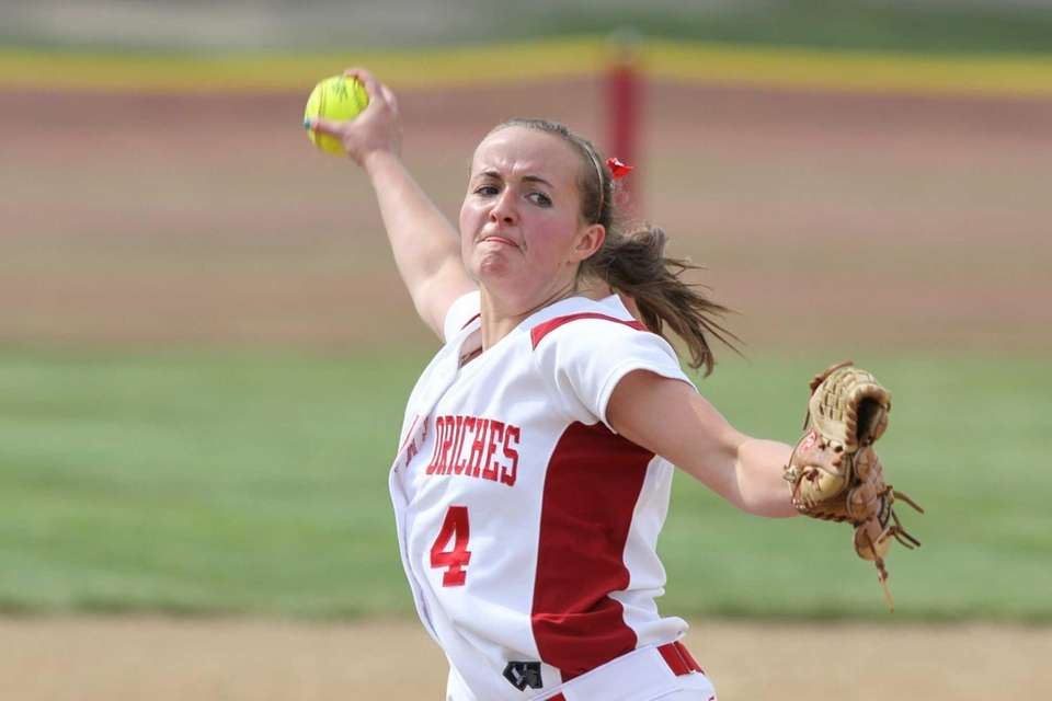Center Moriches Kiley Nolan pitches against Babylon during