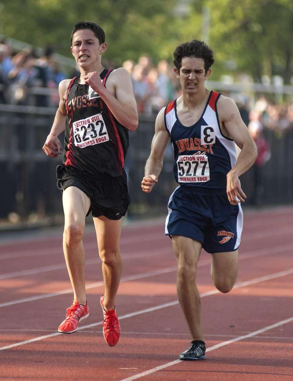 Syosset's Ryan DePinto, left, beats out Manhasset's Stephen