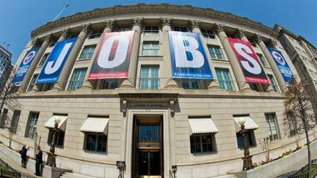 Applications for jobless benefits increased 10,000 to 354,000