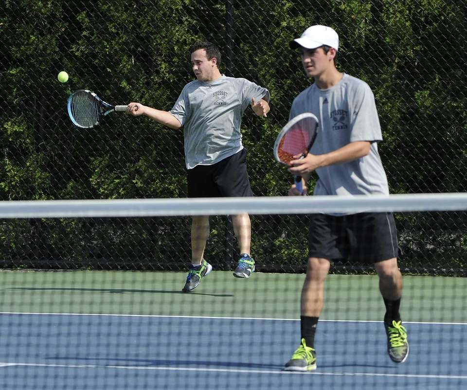 Syosset's Addison Berniker and Henry Tell compete in