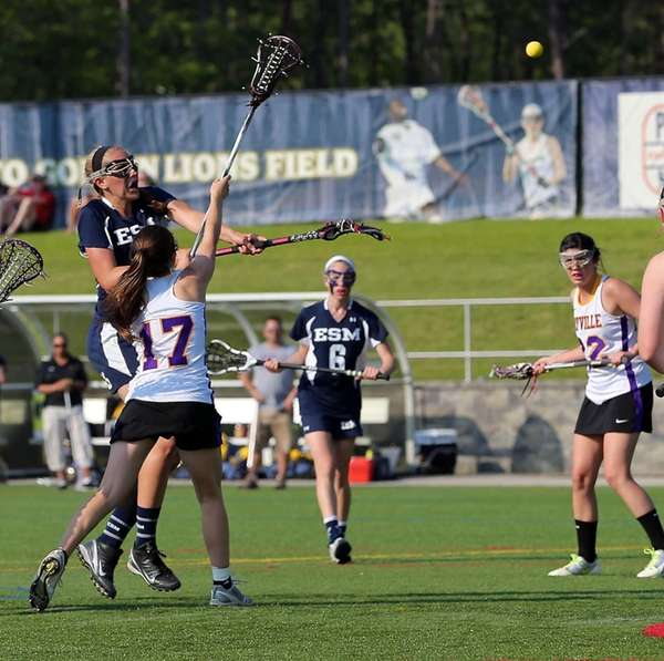 Eastport's Kristin Anderson shoots high and scores against