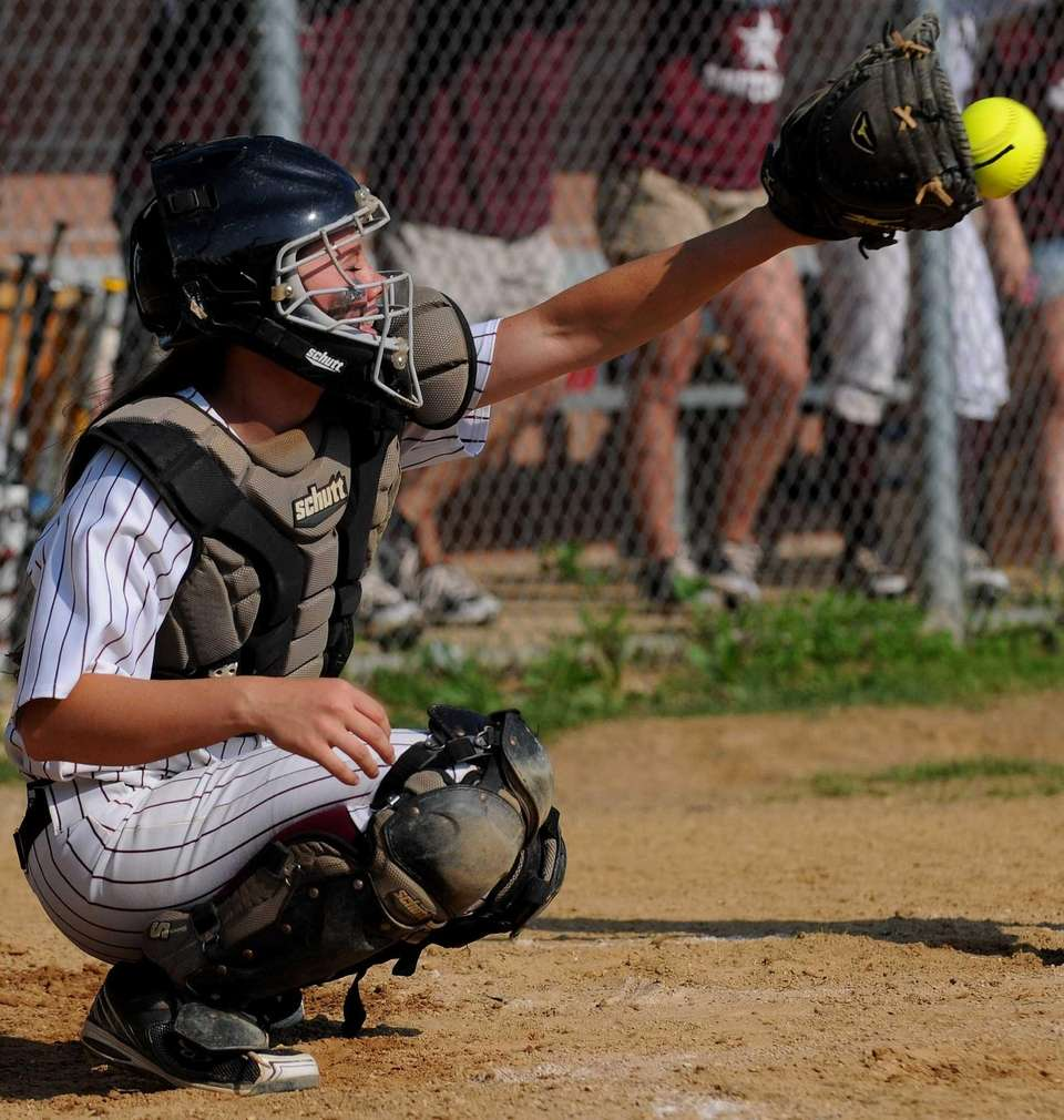 Bay Shore catcher Courtney Syrett frames a pitch