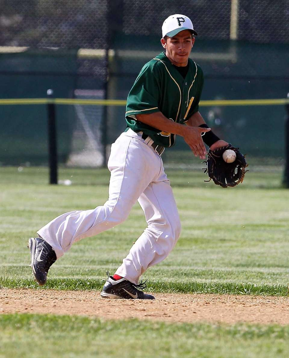 Ward Melville SS Nick Vitale grabs the ground