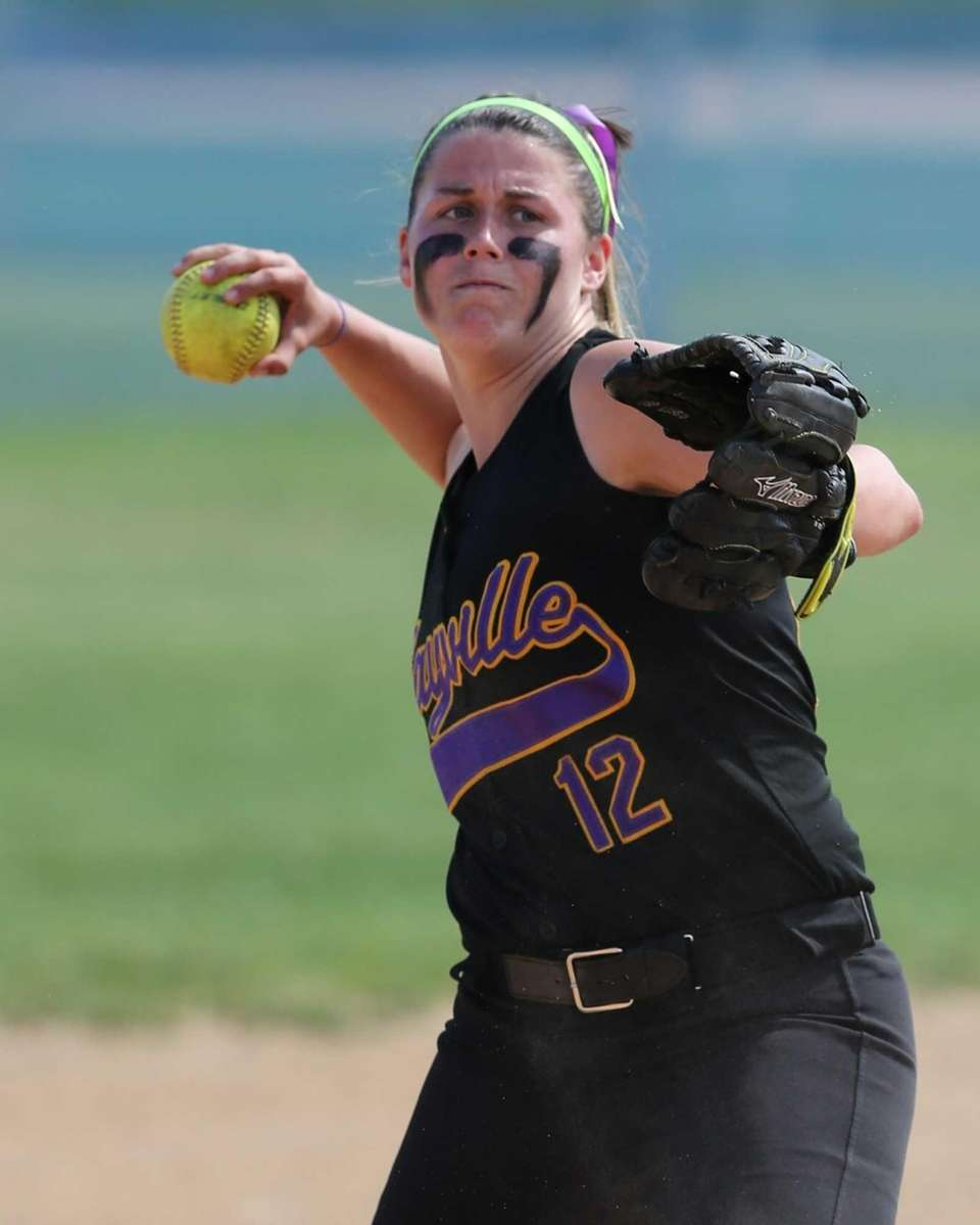Sayville shortstop Emily Sellitti makes the throw to
