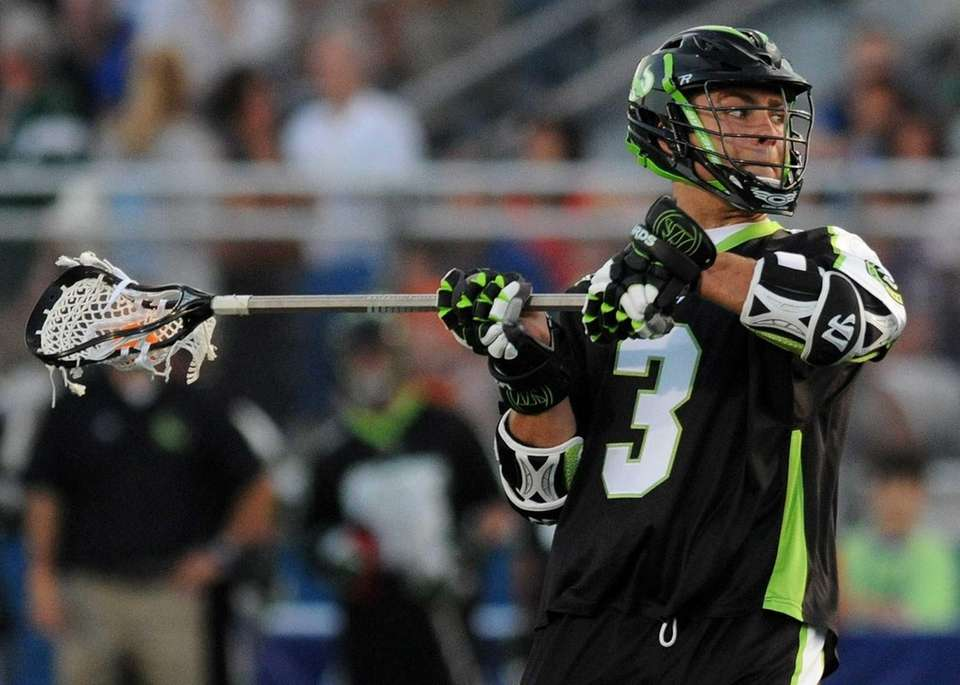 Lizards attack Rob Pannell looks for an opening