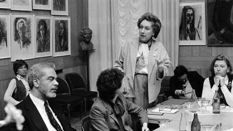 Actress Jean Stapleton answers a question from a