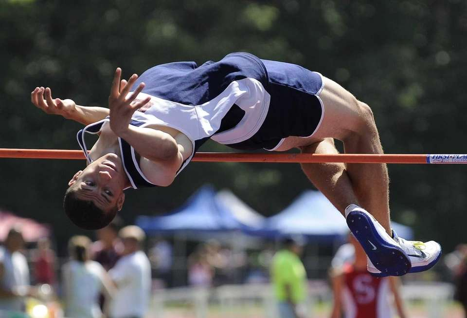 Miller Place's Jordan Sullivan competes in the boys