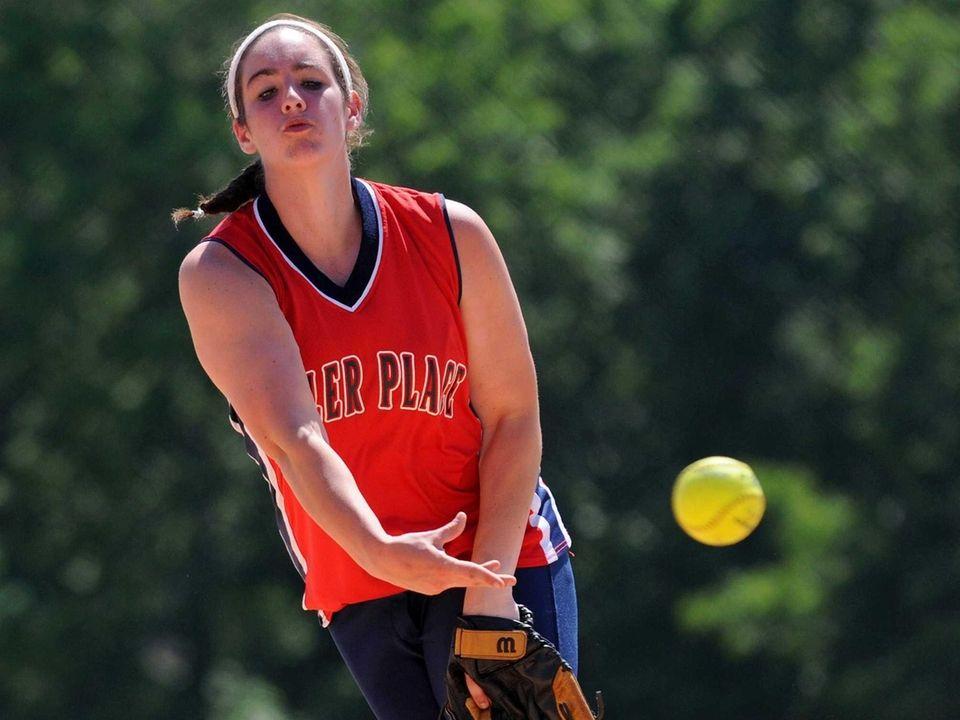 Miller Place pitcher Sabrina Stransky delivers to the