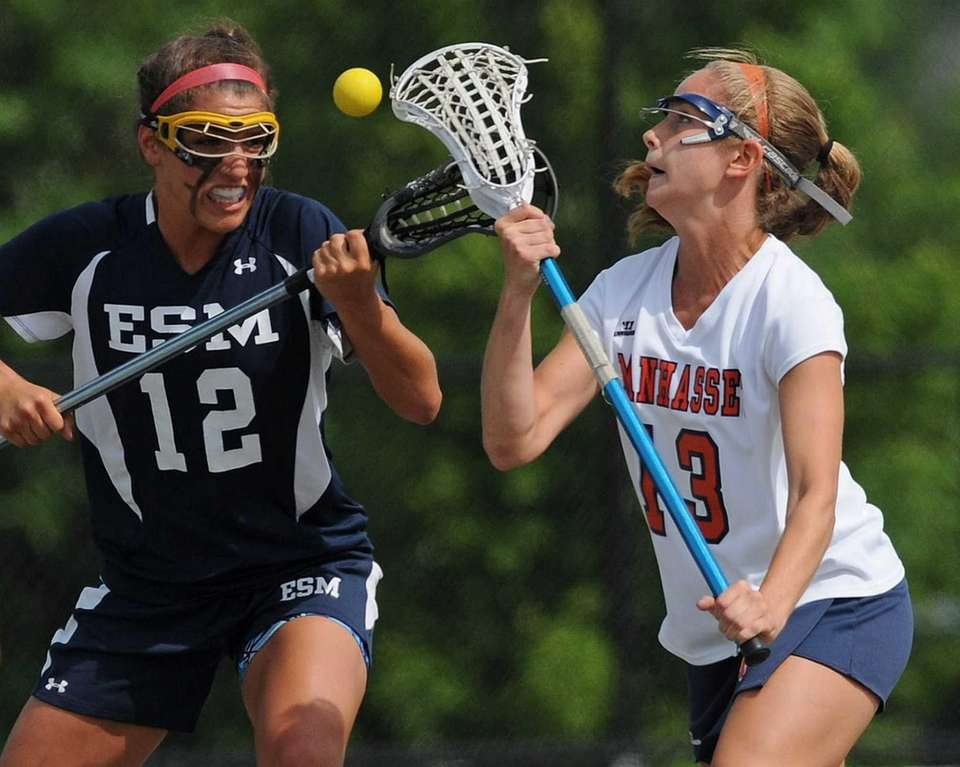 Manhasset's Madison Molinari, right, and Eastport-South Manor Marissa