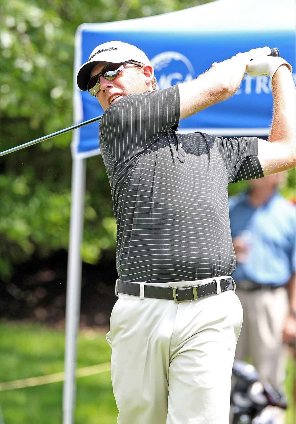 Long Islander Paul Dickinson tees off on the