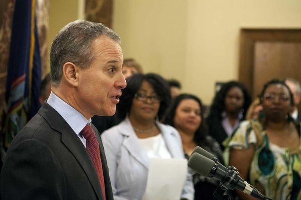 New York Attorney General Eric Schneiderman speaks at