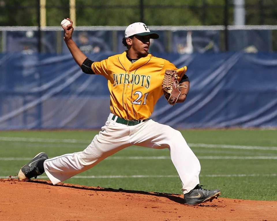 Ward Melville's Christopher Cepeda pitched a complete game