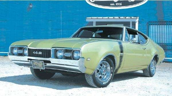 Oldsmobile 442: The racing car that was secret even to