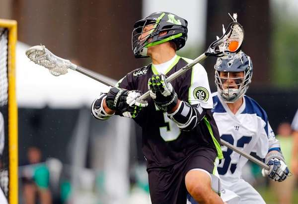 Rob Pannell of the New York Lizards spins