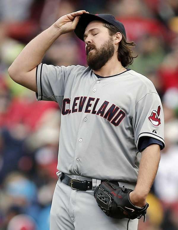 Cleveland Indians relief pitcher Chris Perez reacts after