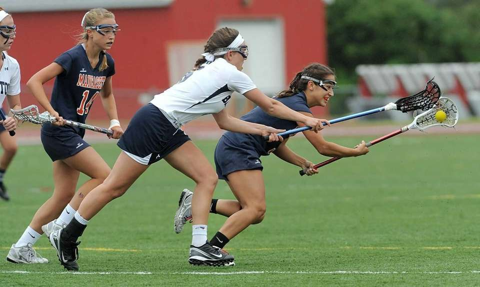 Manhasset's Sarah Barcia, right, scoops up a ball