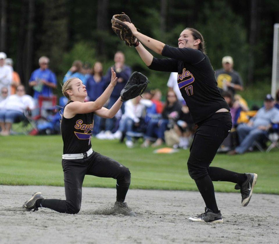 Sayville's Kristen Bricker makes a catch as Jackie
