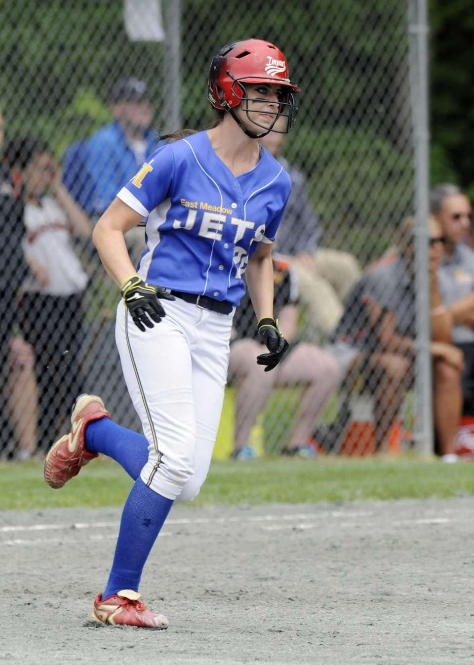 East Meadow's Kerri Shapiro runs the diamond after