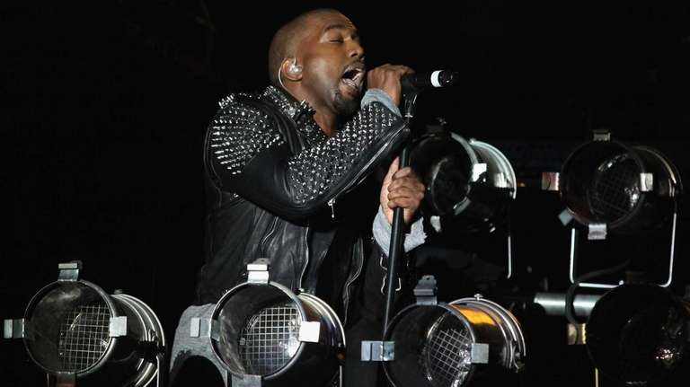 Kanye West closed out the third day of