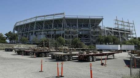 The exterior of the new San Francisco 49ers