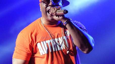 LL Cool J performs at the Fox Theater