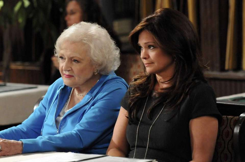 Betty White and Valerie Bertinelli in an episode