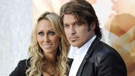 Tish Cyrus and Billy Ray Cyrus, parents of