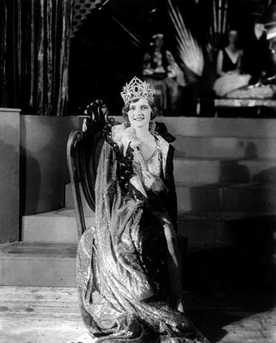 Lois Delander after being crowned Miss America 1927.