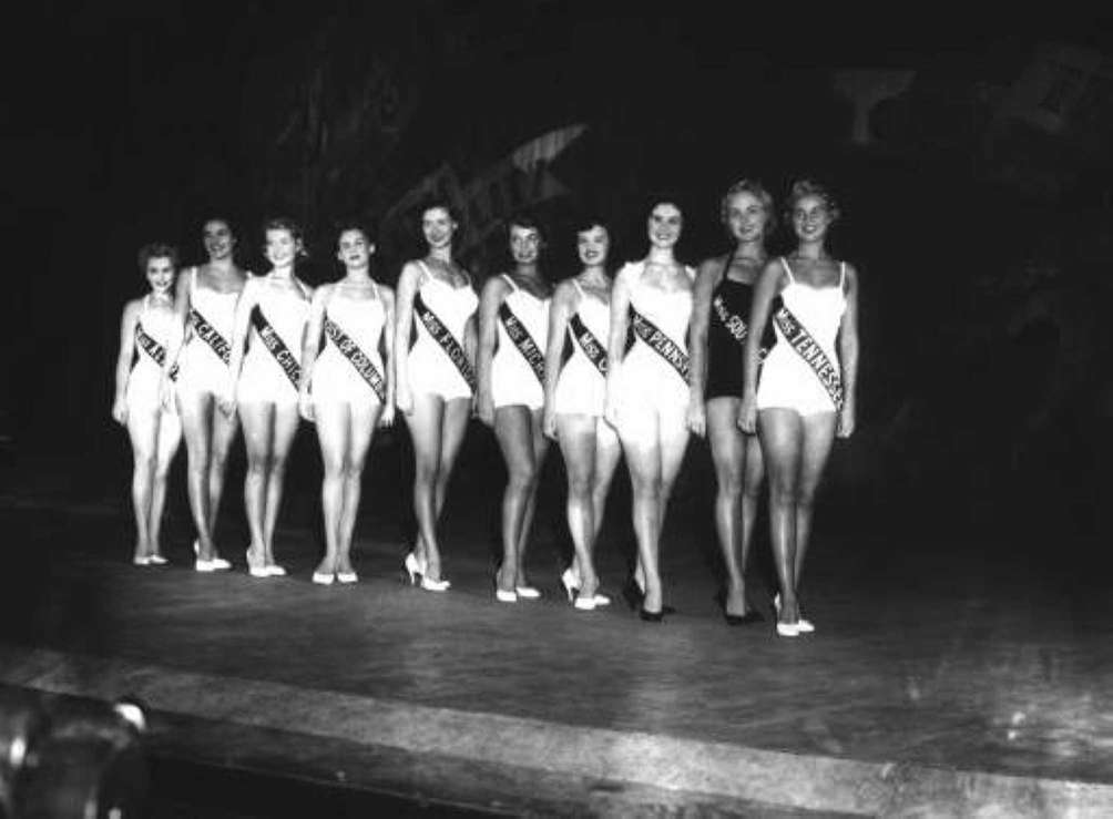 Ten finalists in the Miss America pageant line