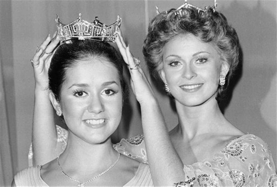 Miss America 1976 Tawny Elaine Godin, of Saratoga