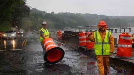 Crews open West Shore Road in Mill Neck