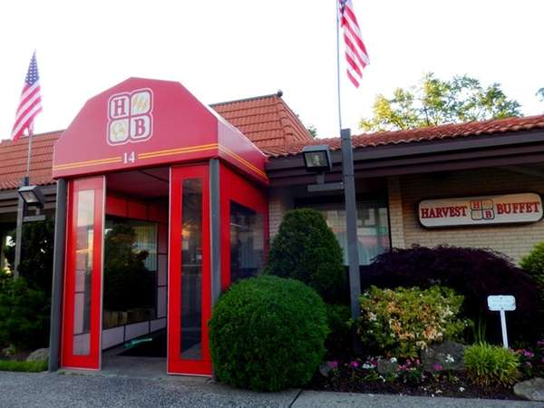 Harvest Buffet in Great Neck. (May 10, 2013)