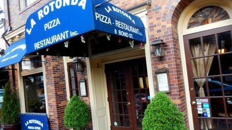 La Rotonda Pizza & Restaurant in Great Neck.