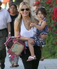 Sarah Michelle Gellar talks about the pertussis vaccine,