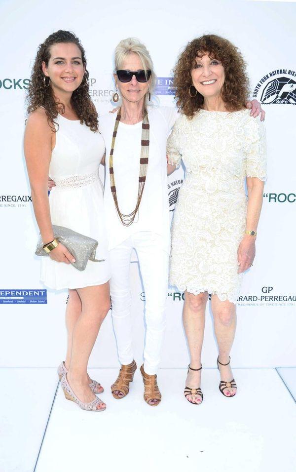 KK Shapiro, Linda Shapiro, and Julie Rattinier attend