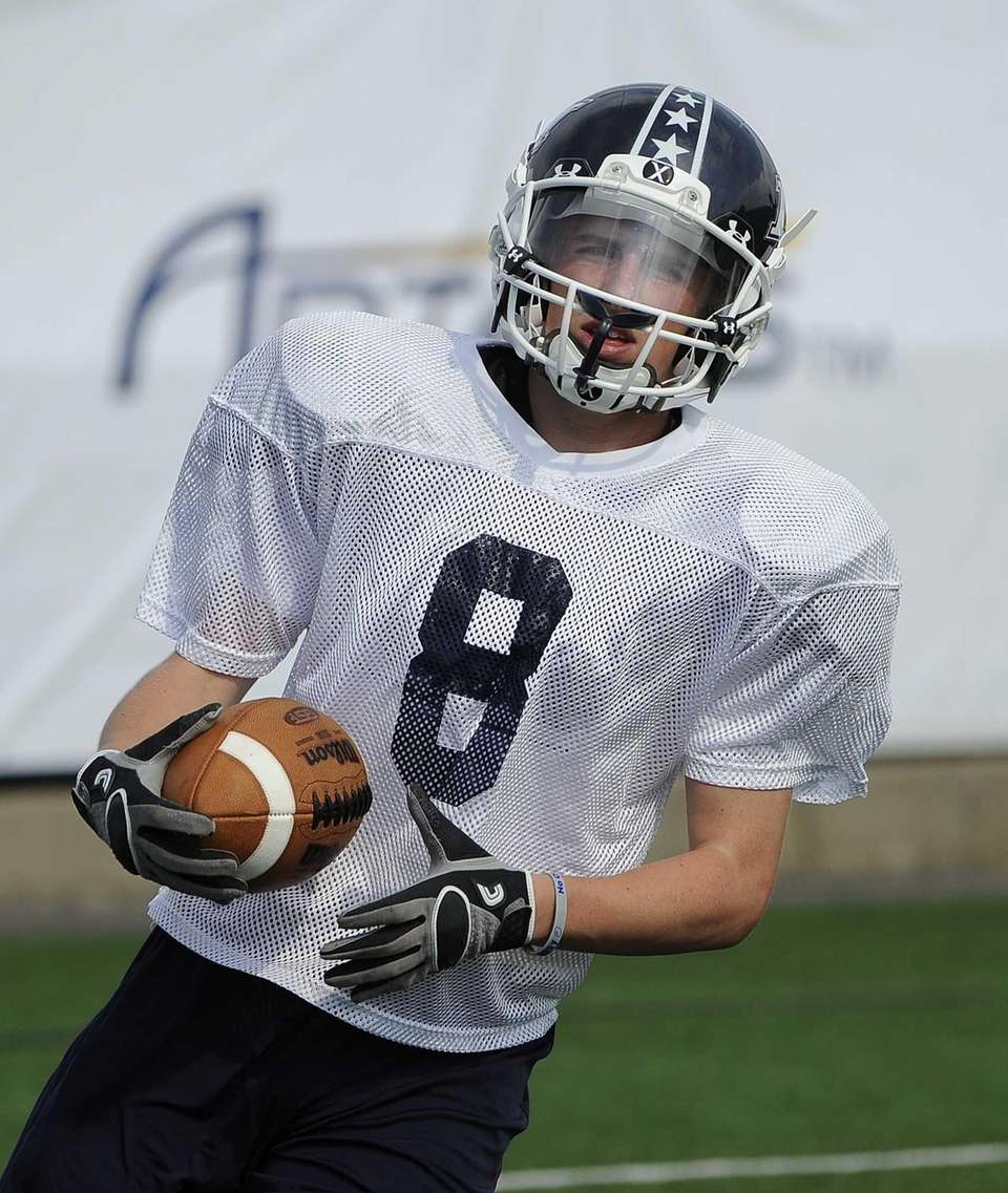 Long Island wide receiver Matt Starr runs with