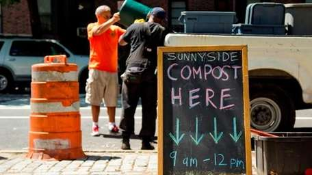 Composting site in Sunnyside, Queens. (Melissa Cipollone)